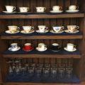 喫茶店のコーヒーカップ