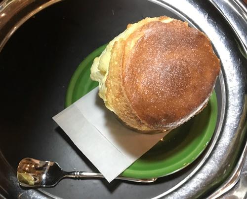 珈琲花の今日のスフレケーキ